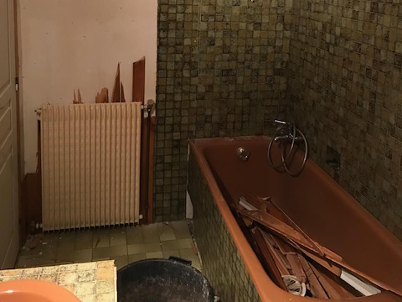 r novation salle de bains contemporaine sous les combles. Black Bedroom Furniture Sets. Home Design Ideas
