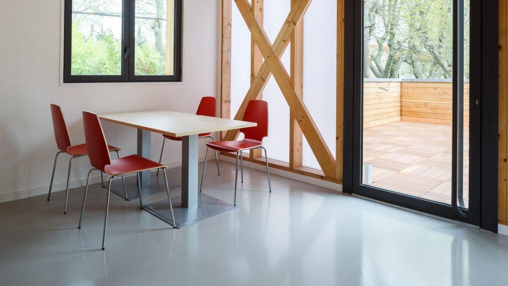 pr paration des sols rev tements sol ragr age chape. Black Bedroom Furniture Sets. Home Design Ideas