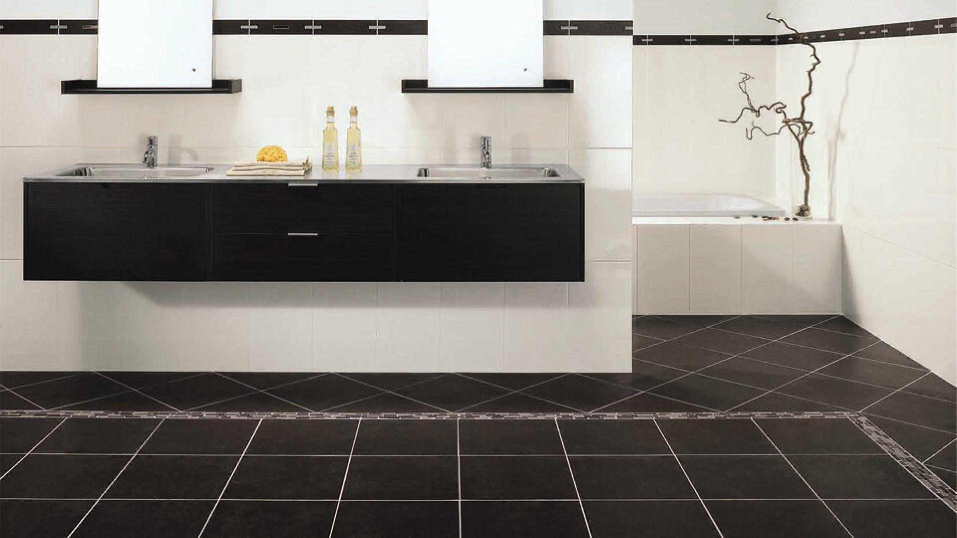 Comment Rénover Un Vieux Carrelage Au Sol poser un carrelage au sol dans une salle de bains | weber